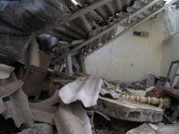 Leggi tutto: The aftermath of a bombed home in Gaza